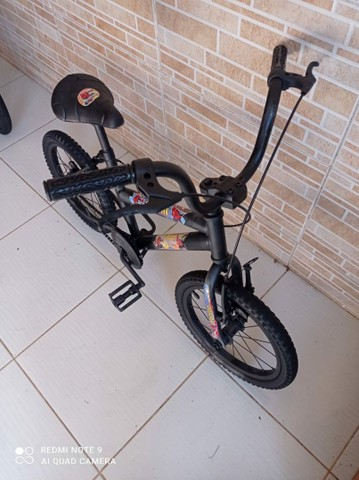 Bicicleta aro 16 do homem aranha bem conservada por 200 reais! - Foto 3