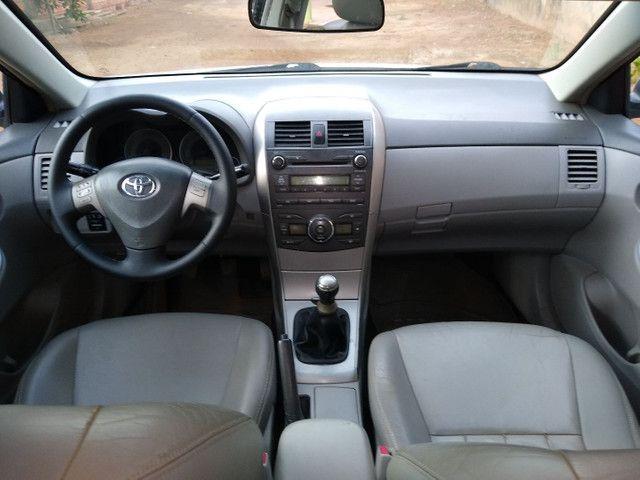 Toyota corola 2010 XEI MANUAL - Foto 8