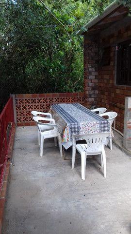 Aluga-se casa para veraneio em Arambaré 01 quadra da praia - Foto 10