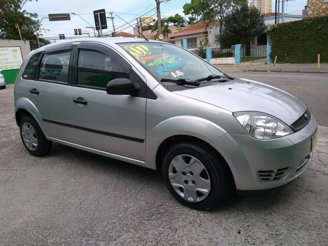 Fiesta 1.6 completo-ar R$ 15.500 wats 96135-7982