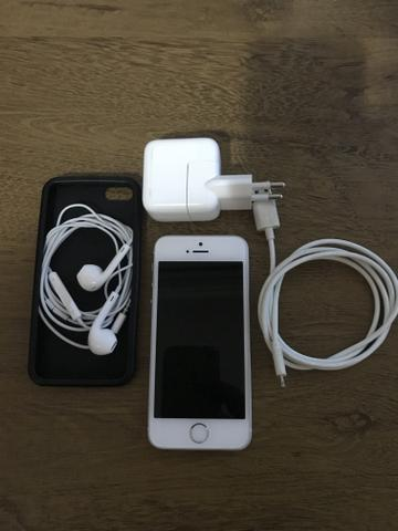 Apple iPhone SE 16 gb Silver Original