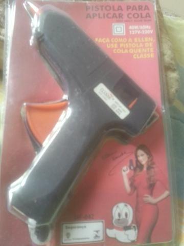 Pistola de cola quente tamanho medio mais cinco bastoes