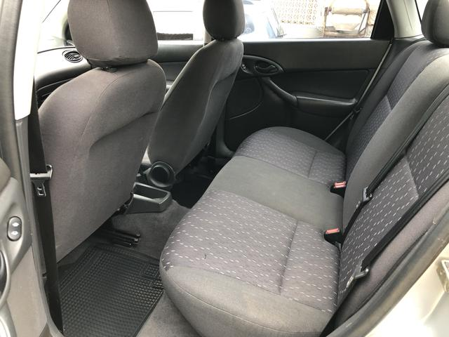 Focus sedan 1.6 completo 2004 - Foto 14