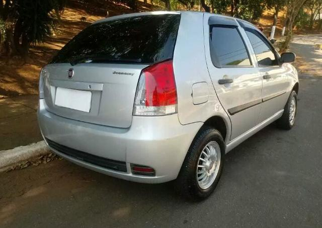 Fiat palio 1.0 ANO 2010 - Foto 7