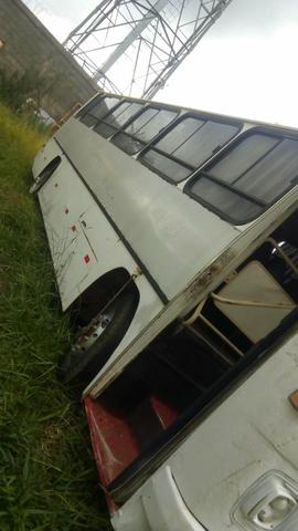 Ônibus motor 366