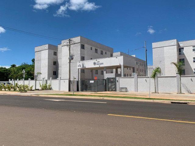 "Alugo apartamento ""novo"" no condomínio "" Jardim de Madri - Bloco com elevador - Foto 2"
