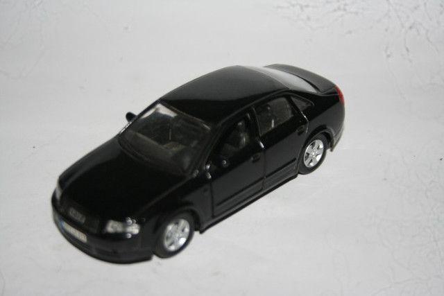 Miniatura de Metal Audi A4 Maísto