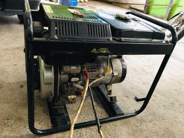 Gerador a diesel TOYAMA 3,8kva - Foto 4