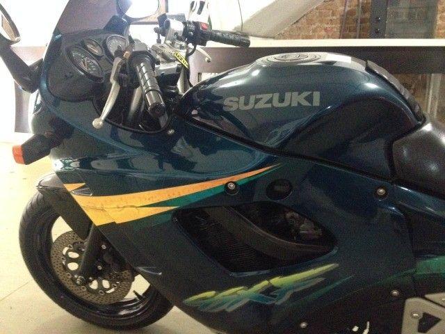 Moto Suzuki  - Foto 6