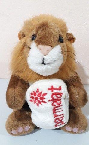 Pelúcia Leão antiga da coleção mamíferos da Parmalat