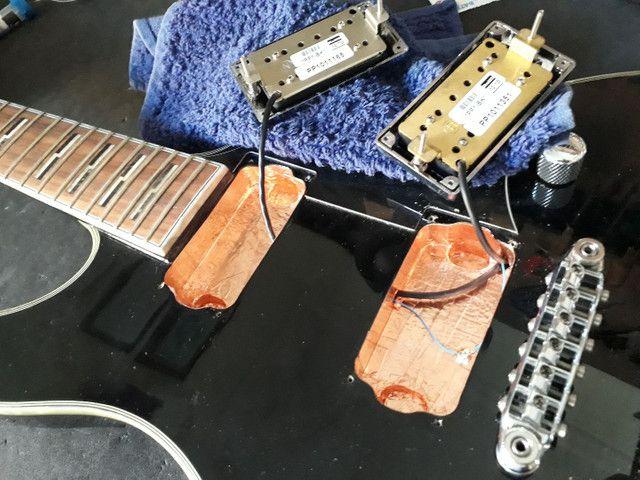 Luthieria aeroporto/ manutenção em instrumentos musicais de cordas em geral  - Foto 6
