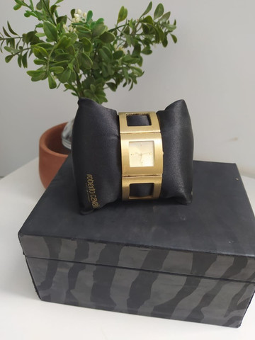 Relógio Roberto Cavalli Feminino Dourado - Foto 3