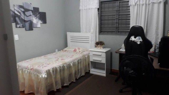 Cod.02- Excelente Casa ampla 2/4 no bairro de Itapuã  - Foto 5