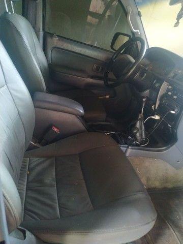 Toyota HIllux sw4 gasolina 4x4  - Foto 6