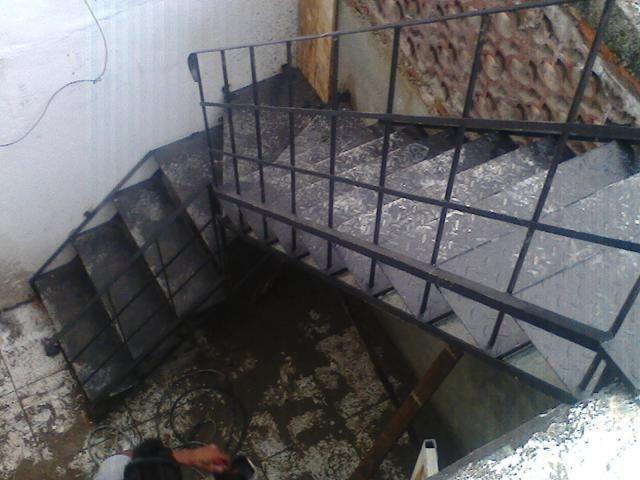 Escadas Caracol e Escadas Retas Até 12 x S/Juros - Foto 5