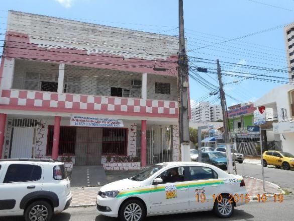 Casa comercial esquina com rua senador rollemberg no sao jose