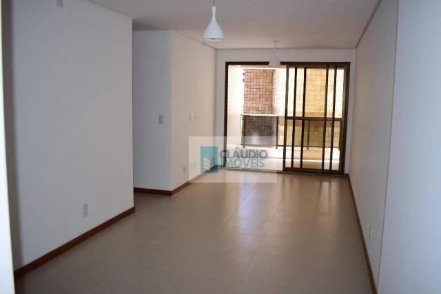 Apartamento na Ponta verde com 3 quartos, varanda, 1 garagem, Maceió, Alagoas