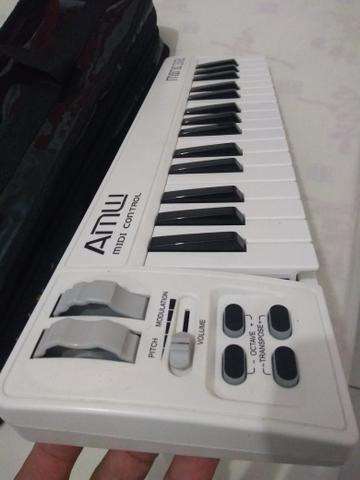 Teclado Controlador Akm Mini 32