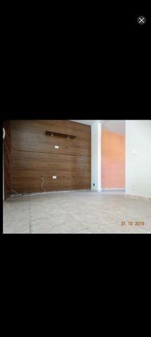 Lindissima casa 2 qts e 3 banhos e garagem ap de 10% de entrada - Foto 12