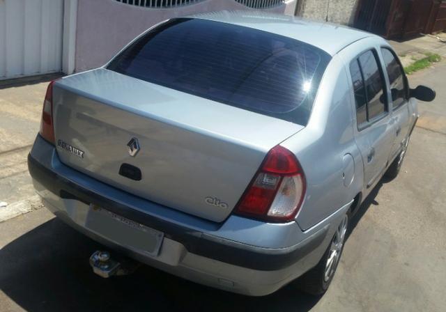 Renalt Clio sedan Vendo ou Troco - Foto 4