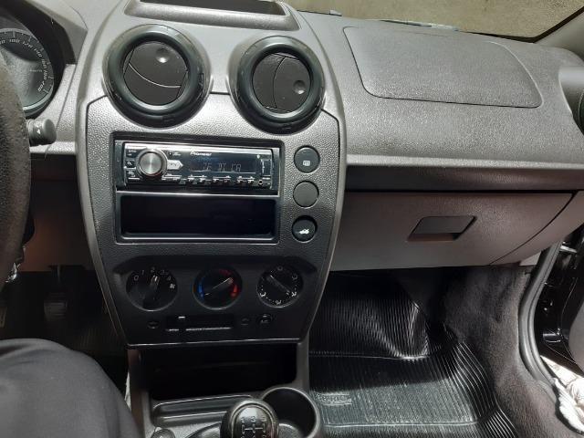 Ford Fiesta Hatch 2012/2010 versão 1.0 completo - Foto 4