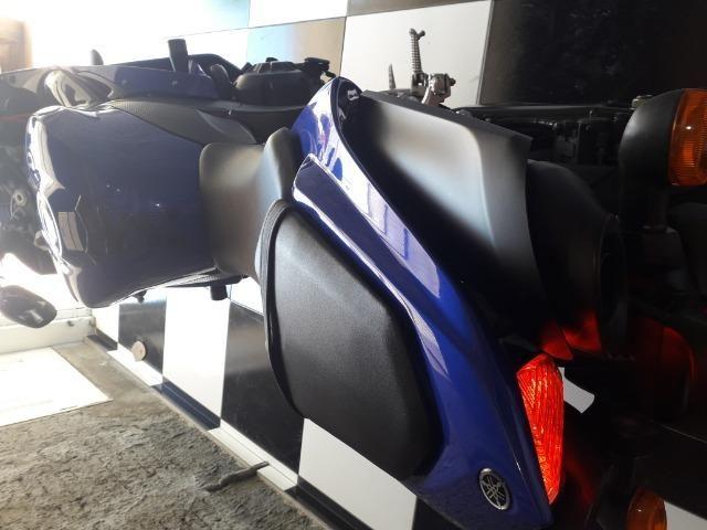 Yamaha r1 impecável 9800 km - Foto 4
