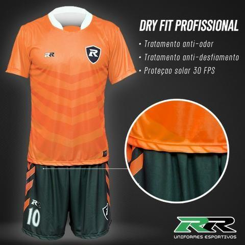Uniforme de futebol personalizado - Esportes e ginástica - Bangu ... 1d6d99a7ce381