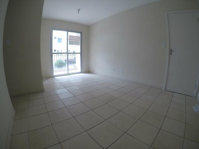 LH - Apartamentos com 2 quartos em Colinas de Laranjeiras - Ilha de Vitória - Foto 2
