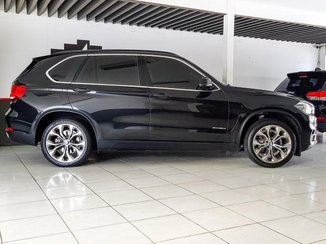 BMW X5 2017/2017 3.0 4X4 30D I6 TURBO DIESEL 4P AUTOMÁTICO - Foto 2