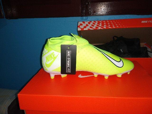 Chuteira 11 Nike Phantom vsn academy Df fg/mg