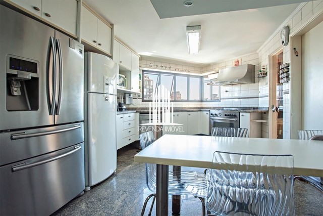 Apartamento para locação de 247m², 4 dormitórios em Moema - Foto 2