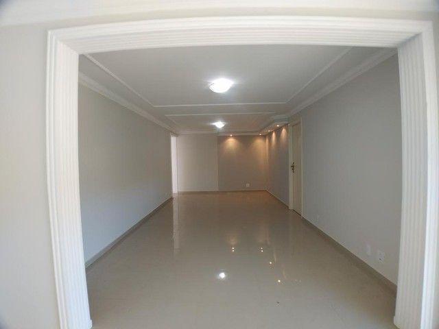 Locação   Apartamento com 112.27 m², 2 dormitório(s), 1 vaga(s). Zona 05, Maringá - Foto 7