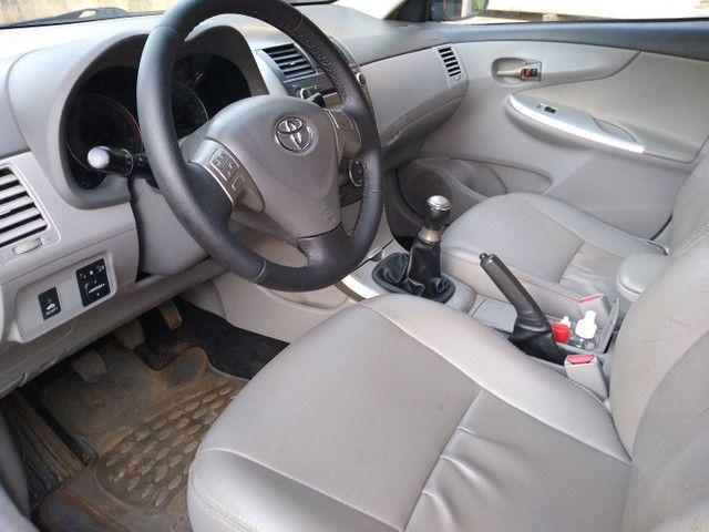 Toyota corola 2010 XEI MANUAL - Foto 5