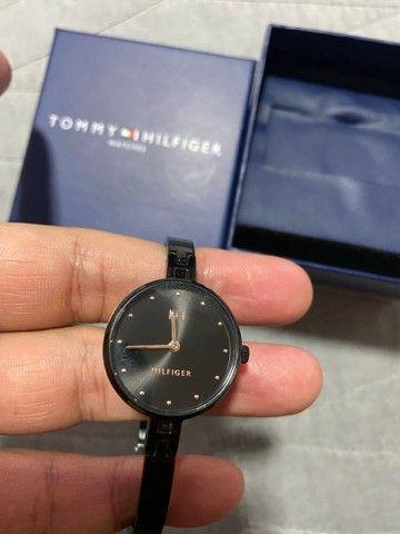 Relógio Tommy Hilfiger Feminino - Foto 2
