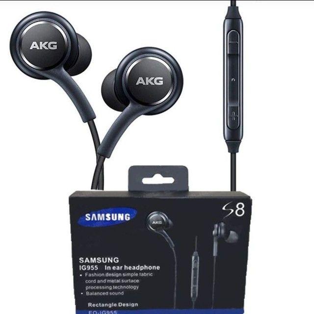 fone de ouvido Samsung AKG em promoção  - Foto 2