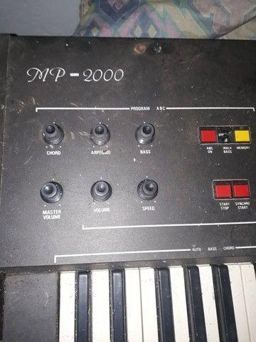 Minami  mp 2000 teclado. 50,00