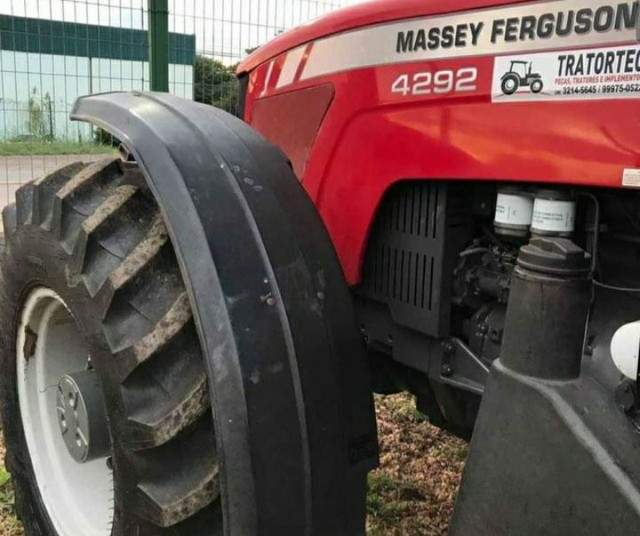 Trator Massey Ferguson 2011 - Foto 2