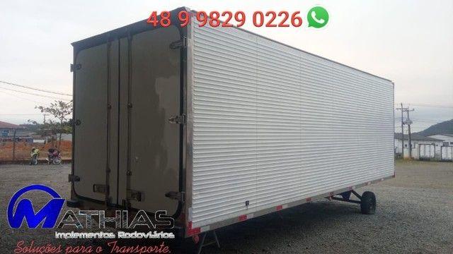carroceria frigorifica truck caminhão trucado niju 14 paletes - Foto 2