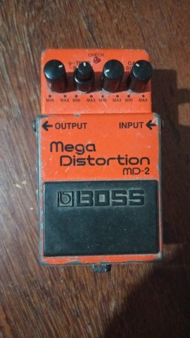Pedal Mega distortion Boss