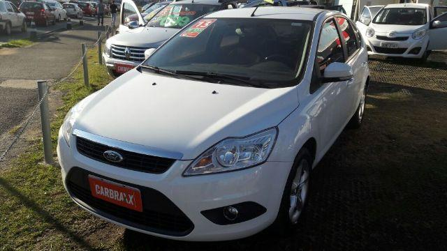 FORD FOCUS 1.6 COMPLETO FLEX