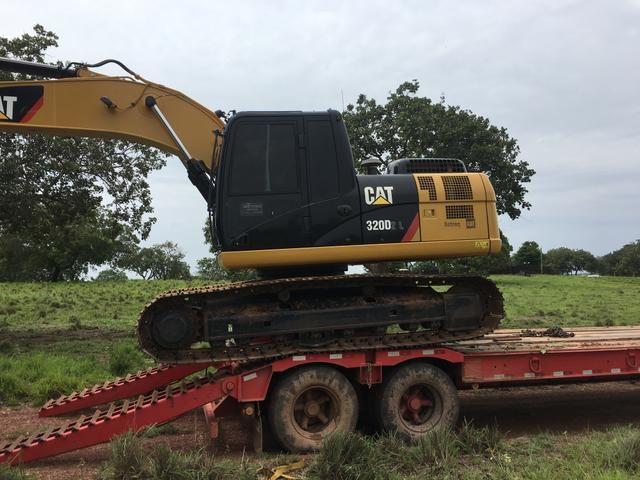 Alugo Escavadeira Cat 320 e para fichamento em empresas