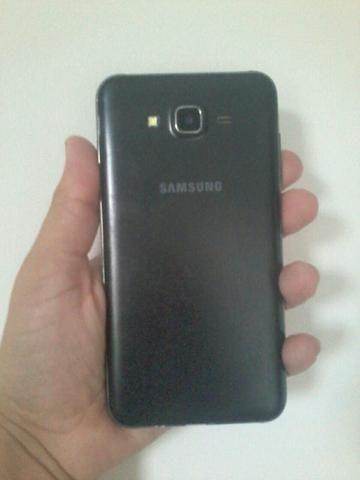 Vendo J7 Samsung preto sem cartão de memória