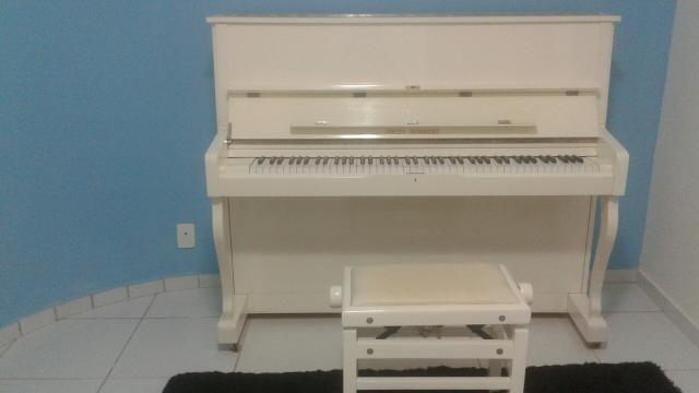 Piano Fritz Dobbert semi-novo