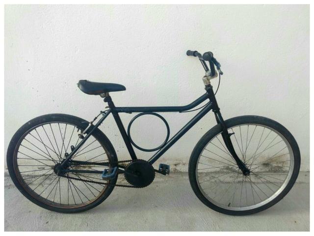 Linda bike Monark aro 26