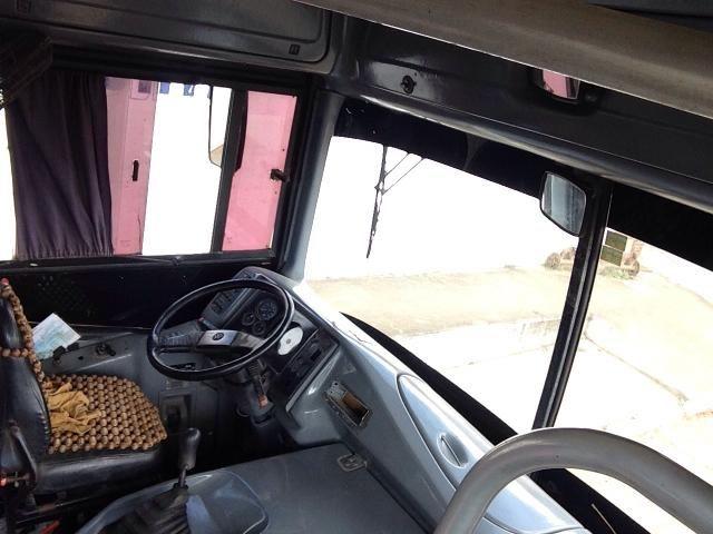 Ônibus Busscar vicência pé