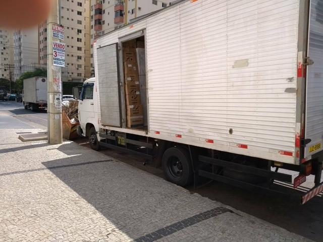 R.M mudanças & fretes (caminhão baú)