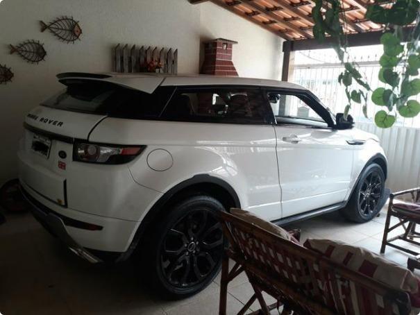 a3deb9716 Range rover Evoque Esportiva Coupe dynamic tech Branca + Teto + Banco  vermelho
