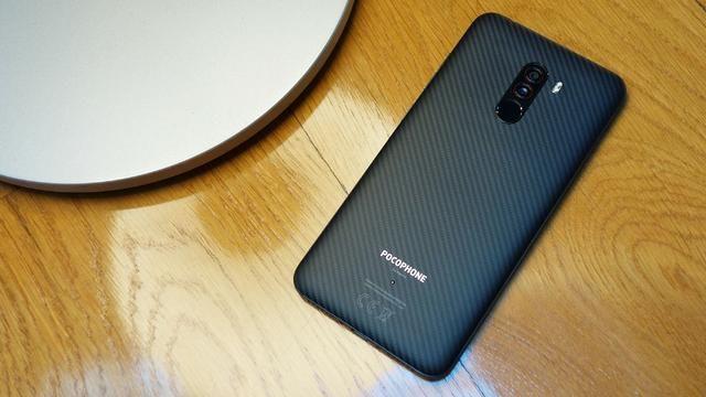 Pocophone F1-6GB/64GB-Xiaomi -(Loja na Cohab)-Total Segurança em sua Compra. Adquira Já - Foto 2