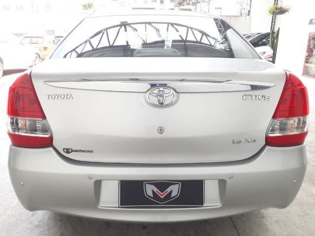 Toyota Etios 1.5 XS 16V Flex Automático 2016/2017 Prata - Foto 6