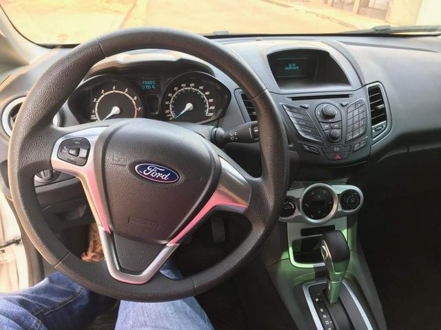 Ford Fiesta Hacth 1.6 AT - Foto 4